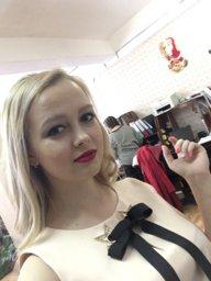girl_vampire
